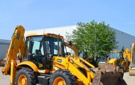Трактор экскаватор погрузчик Jcb 3cx в аренду