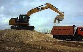 Доставка почвы грунта