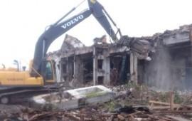 Демонтаж зданий и сооружений, такелажные работы