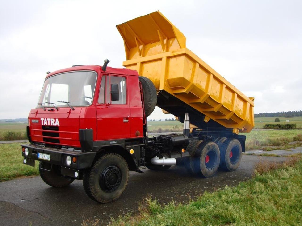 Самосвал Татра-815