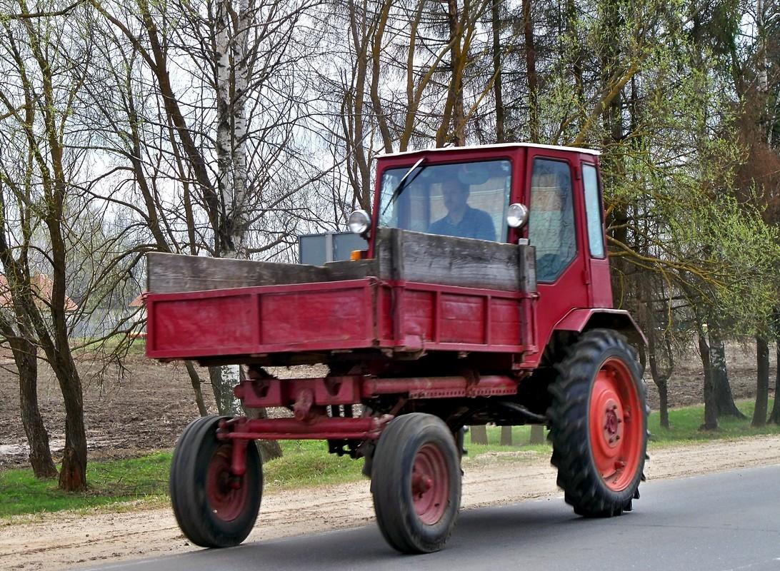 трактор шасси фото бизнес-бюджета очки